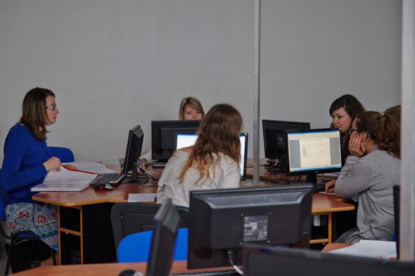 CAP Petite enfance en un an – Lycée Saint Nicolas la Providence