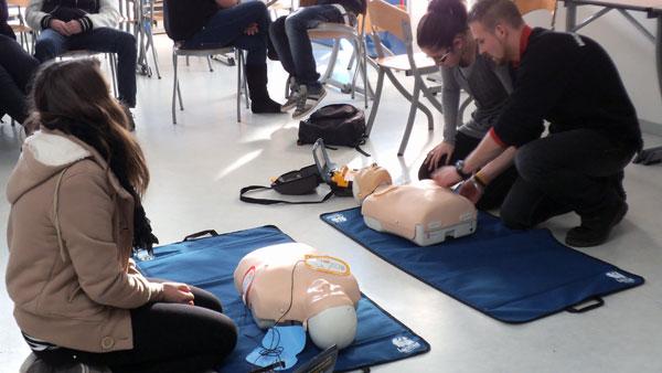 Préparation aux concours paramédicaux : Aide-soignant(e) – Lycée Saint Nicolas la Providence